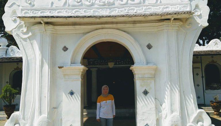 Wisata sehari ke tempat menarik dan kulineran di Cirebon