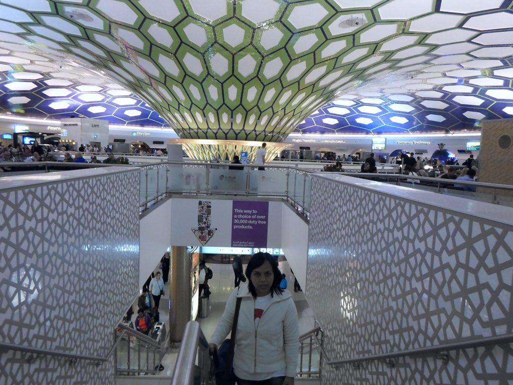 Bermalam di Bandara Internasional