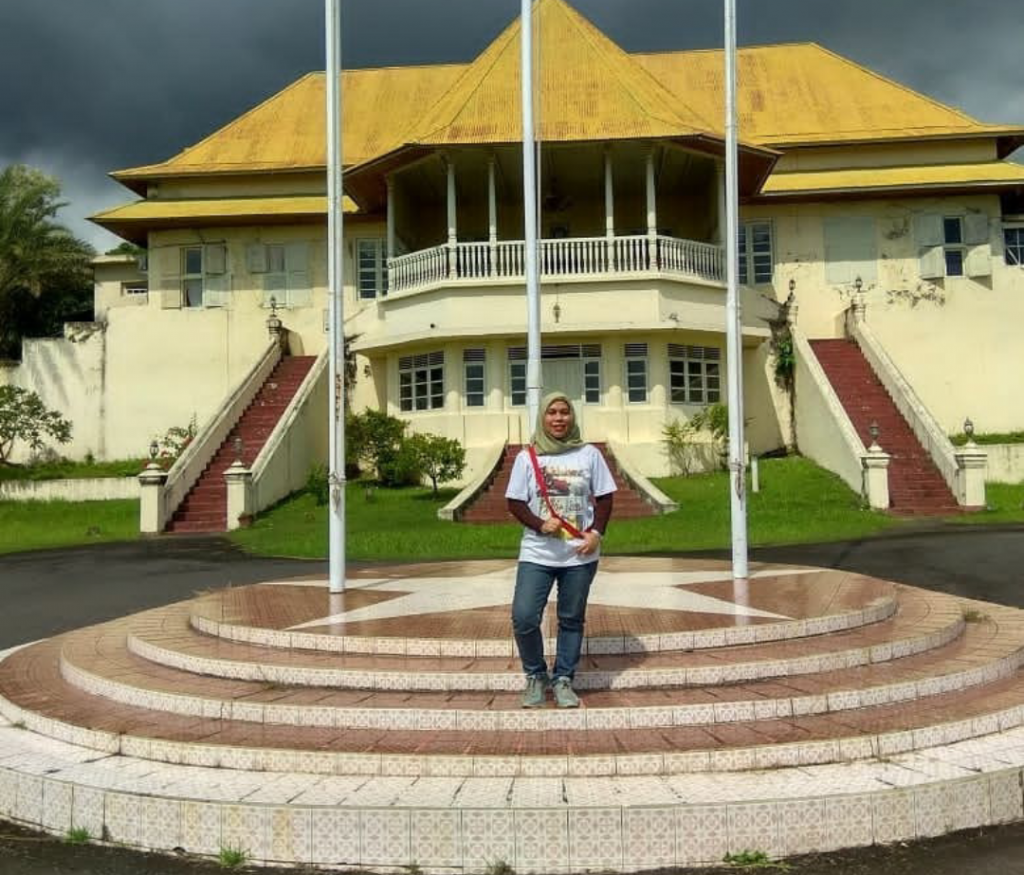 Tips Traveling ke Pulau Ternate bagian timur Indonesia