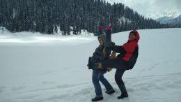Masih ada Salju bulan Maret di Gulmarg, Kashmir India