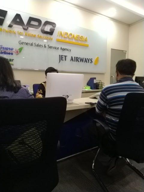 Pengalaman menggunakan Maskapai Jet airways saat terbang ke India