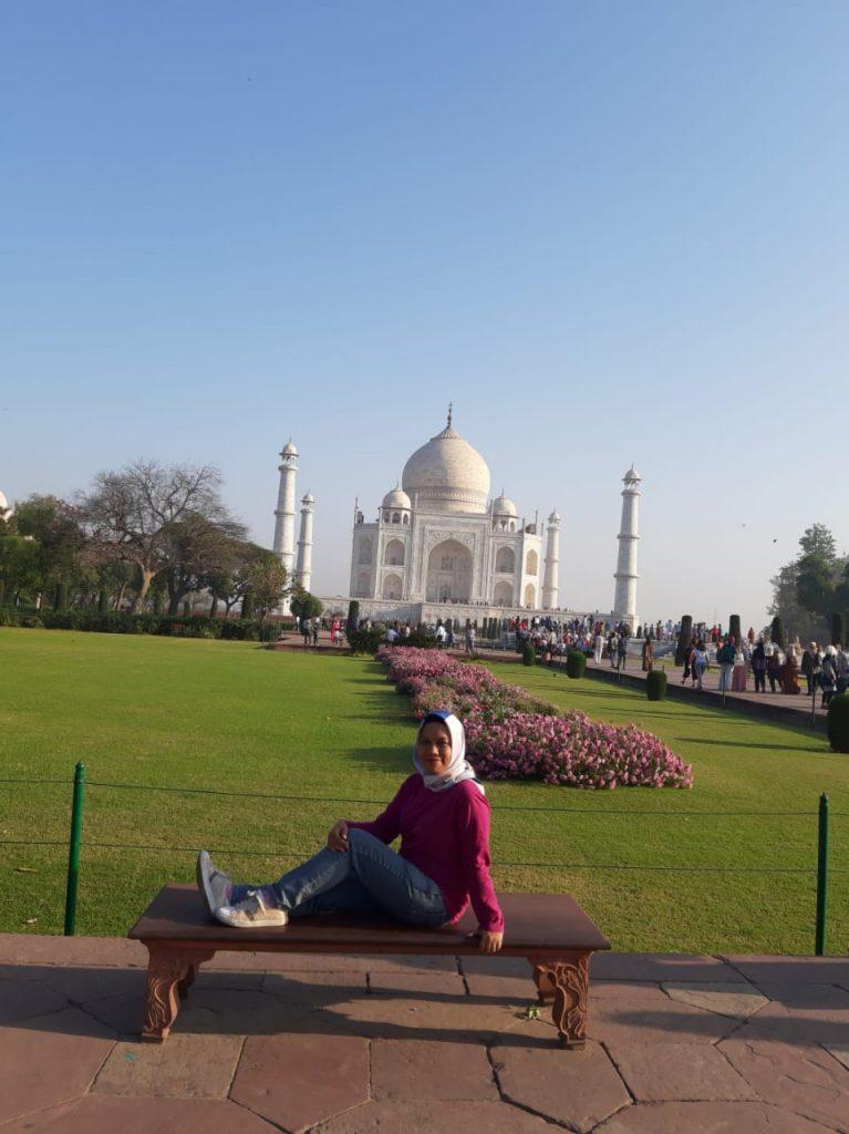 Tetap membeli harga tiket masuk mahal Demi Taj Mahal