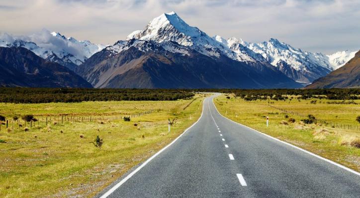 Aturan Penting Sewa Kendaraan dan Menyetir sendiri di New Zealand