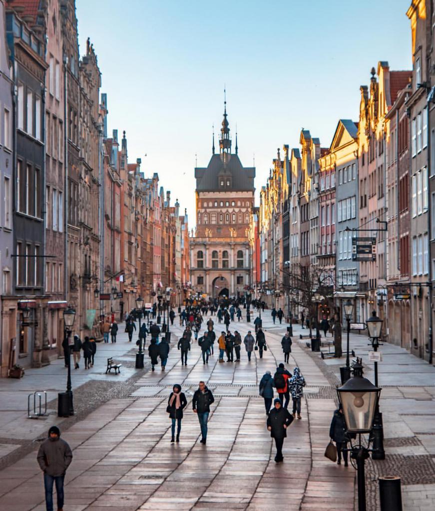 Pengalaman Mengajukan Visa Schengen di Kedubes Polandia