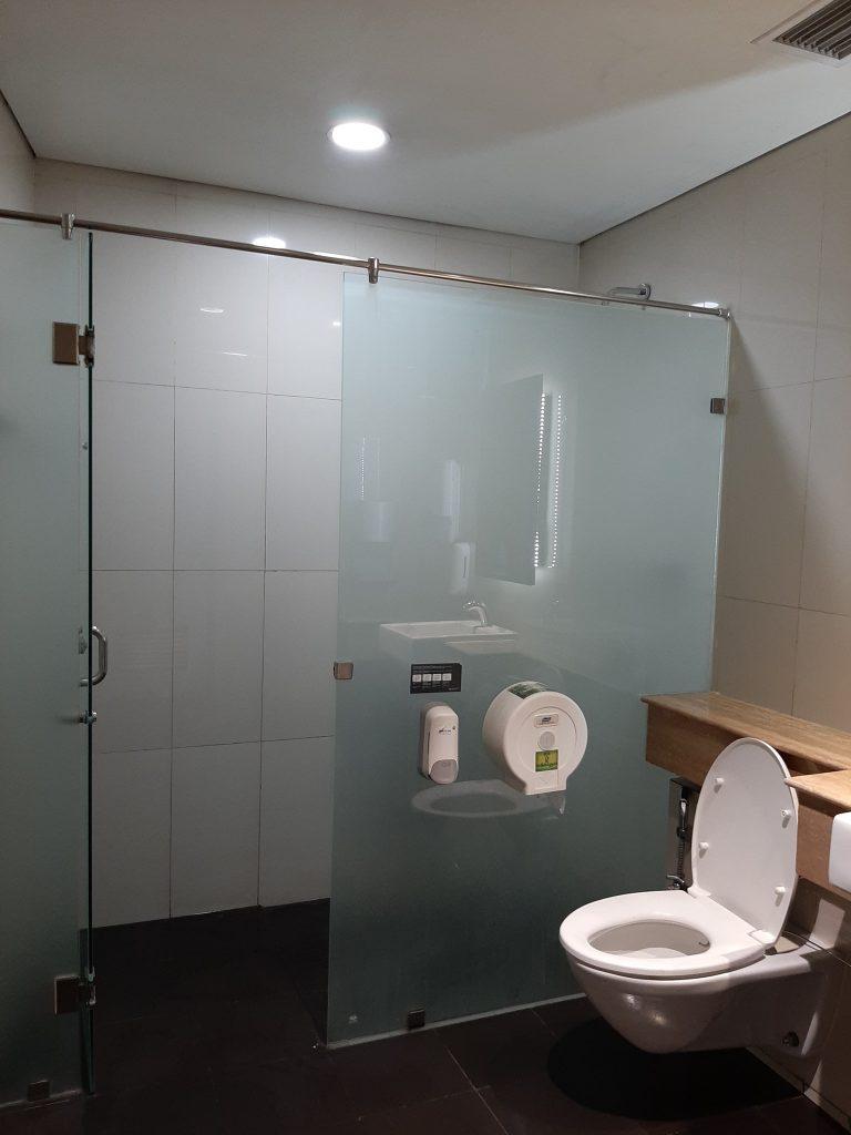 Shower Room Gratis  Terminal 3 Bandara Soekarno Hatta