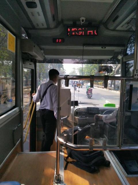 Rute MR9 South Quarter yang Lewat MRT Fatmawati