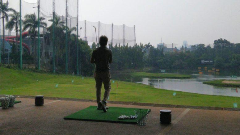 Berapa Tarif Bermain Golf di Pondok Indah Jakarta Selatan ?