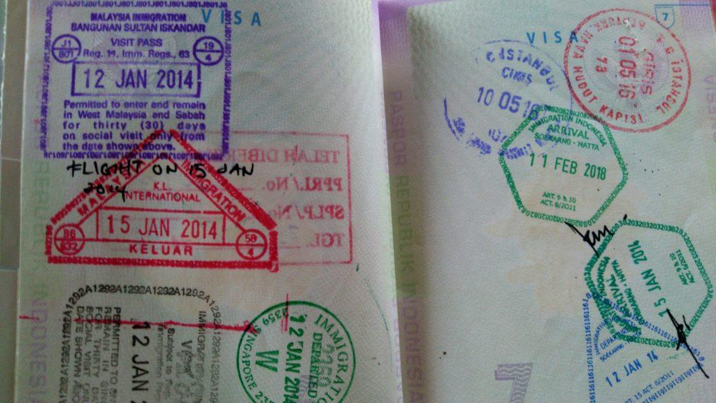 Pengalaman Melewati Perbatasan Singapura ke Malaysia Jalan Darat